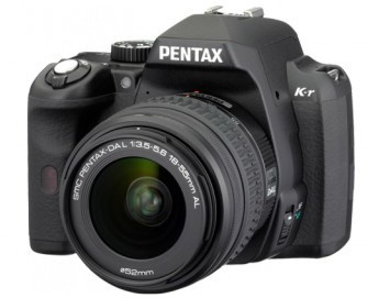The Pentax K-r with 18-55mm lens